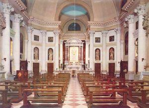 Interno della chiesa del Corpus Domini