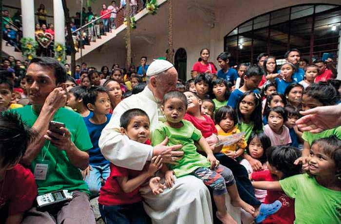 Foto messaggio del papa per la Giornata Missionaria